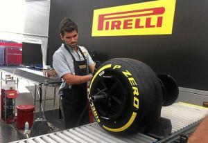 Alguersuari pirelli
