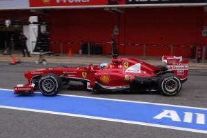 Fernando-Alonso-Ferrari-Formel-1-Test-Barcelona-21-Februar-2013-19-fotoshowImageNew-c0ec7ebc-662815