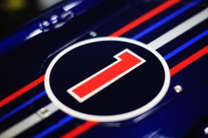 Sebastian+Vettel+F1+Testing+Valencia+Day+One+HUPzkTGqIPjl